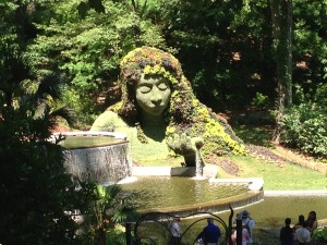 botanical gardens, lady by the pond topiary HD, May 2013